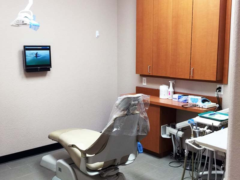 Dentist Office near Centennial Hills